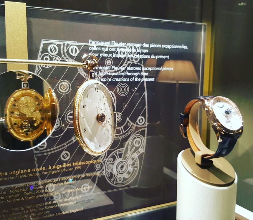 L'arte dell'orologeria in mostra da Parmigiani Fleurier: un orologio da tasca ovale con lancette telescopiche, ispirazione per il modello Pantographe, orologio con cassa ovale immediatamente riconoscibile dalle lancette telescopiche