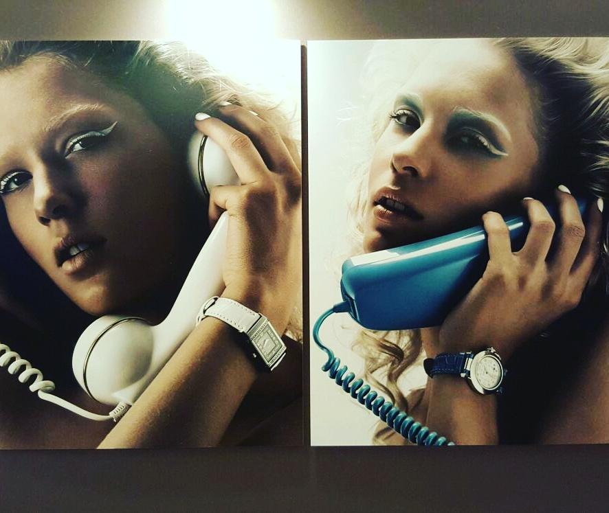 Cartier e Jaeger-LeCoultre, al telefono, nei corridoi della fiera...