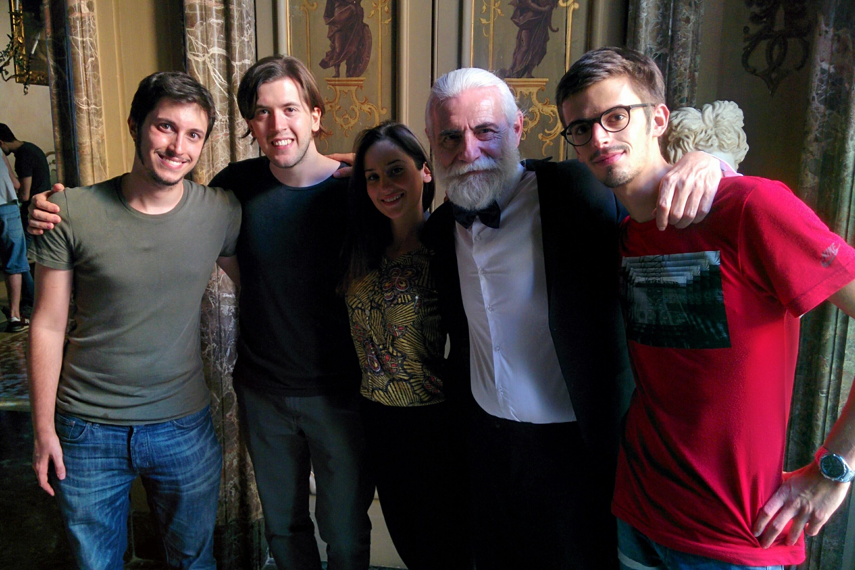 Foto di gruppo per i registi vincitori