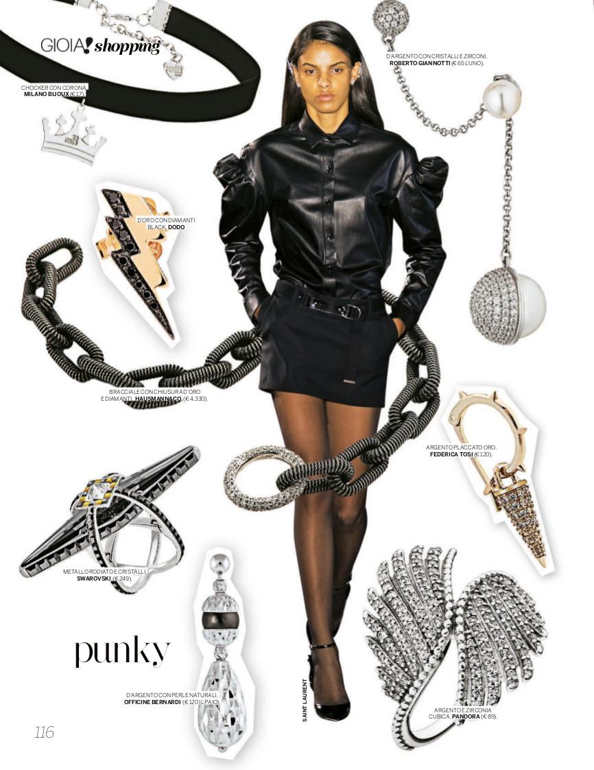 Il bracciale Ouverture di Hausmann & Co. al centro della pagina dedicata ai gioielli