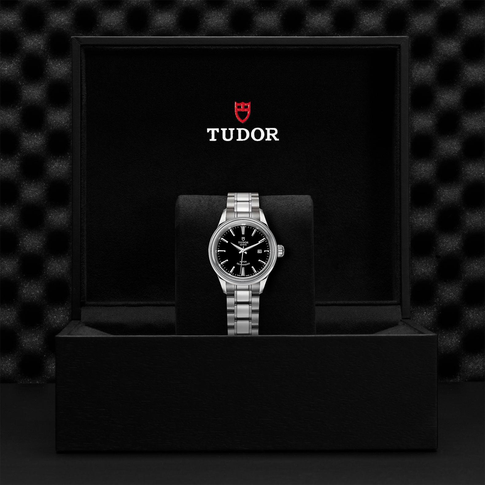 TUDOR Style - M12100-0002