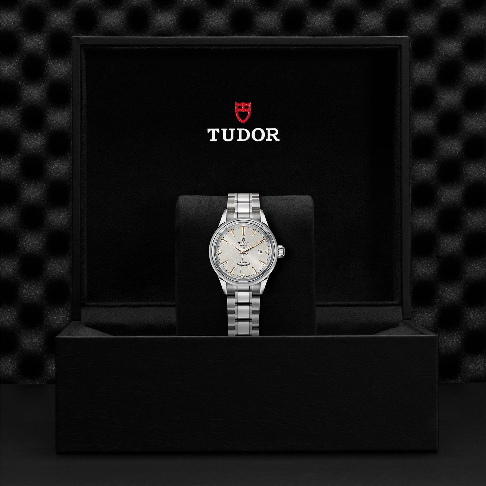 TUDOR Style - M12100-0019