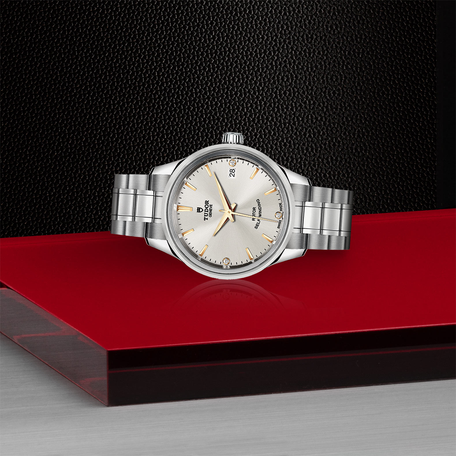 TUDOR Style - M12300-0019
