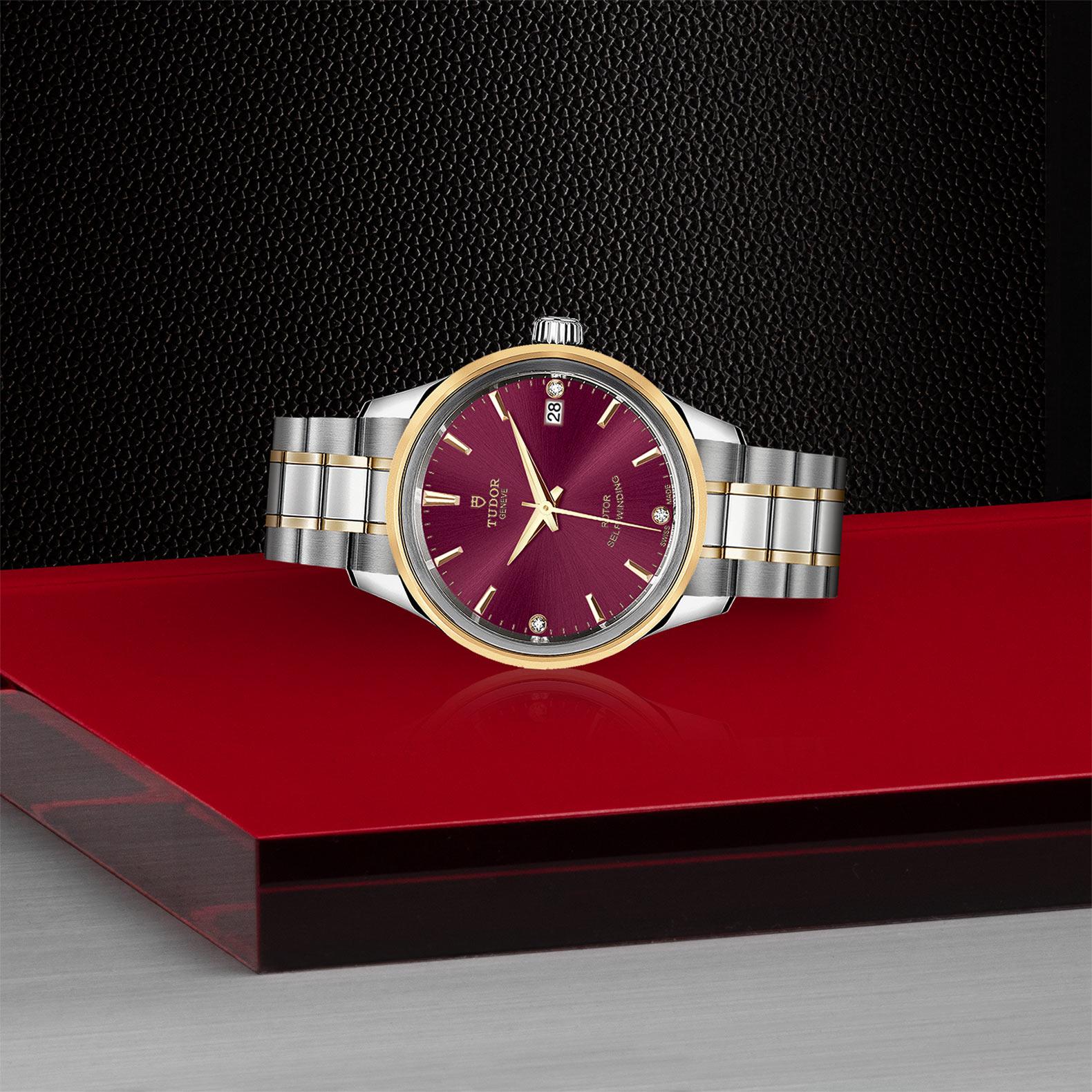 TUDOR Style - M12303-0015