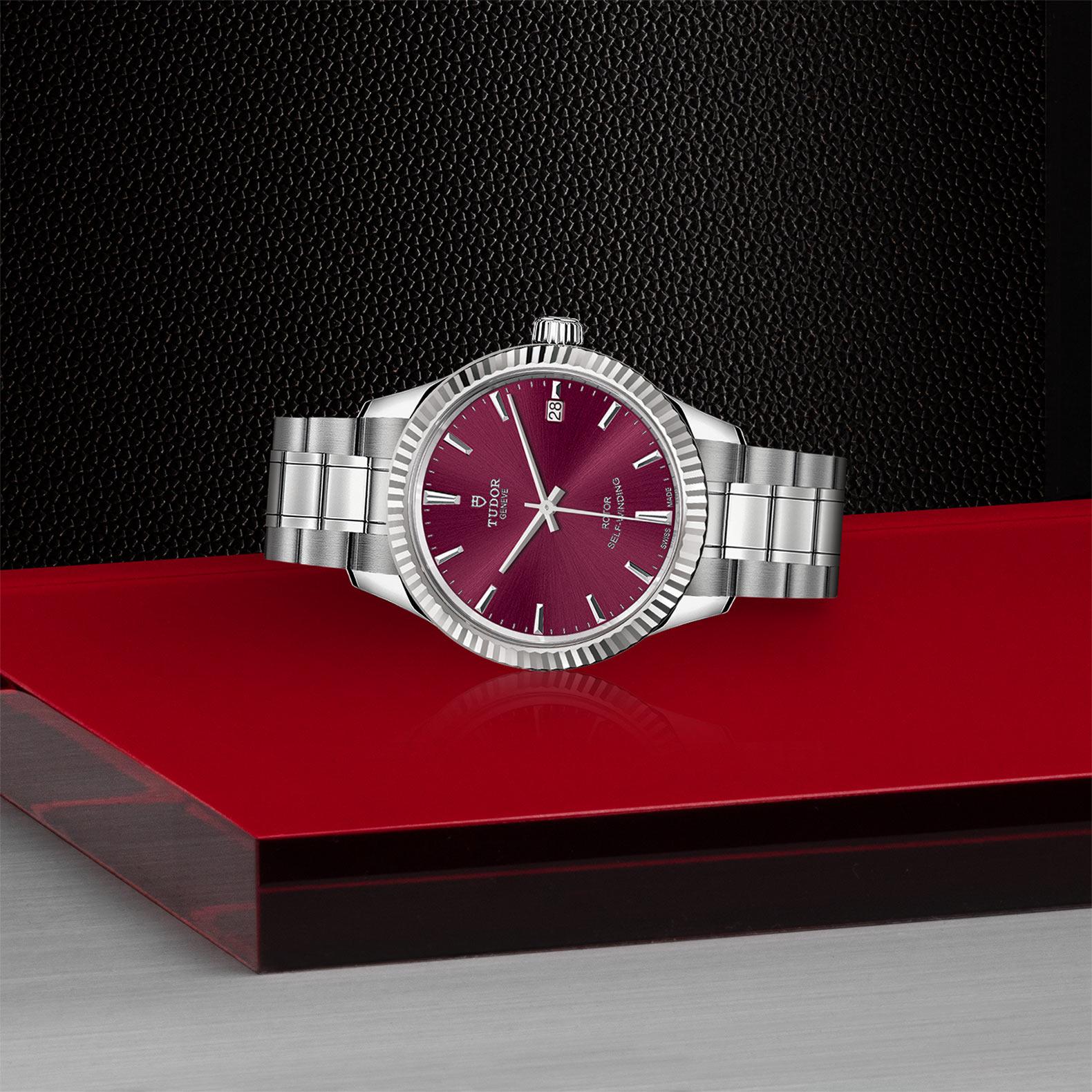 TUDOR Style - M12310-0015