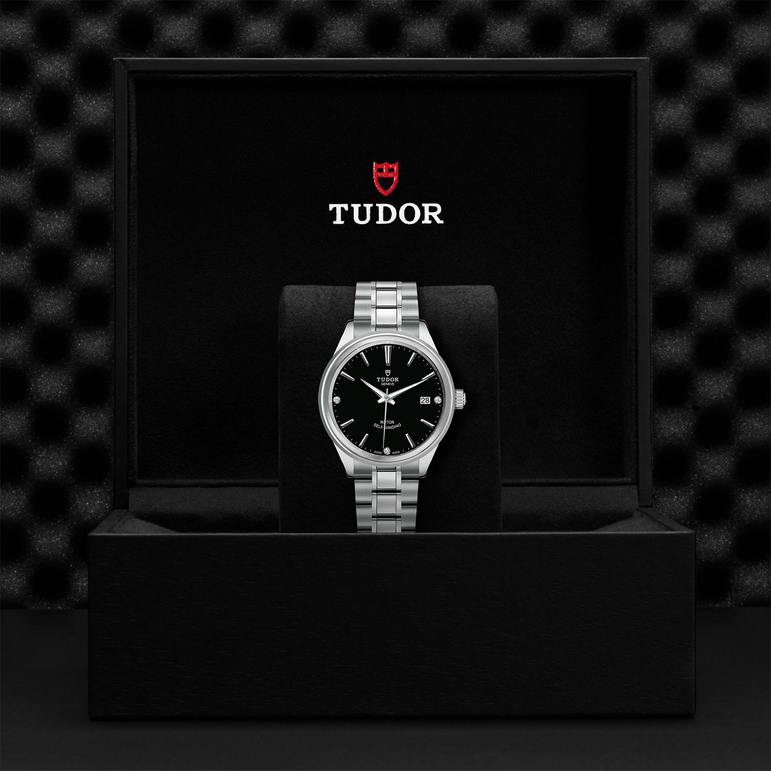 TUDOR Style - M12500-0004