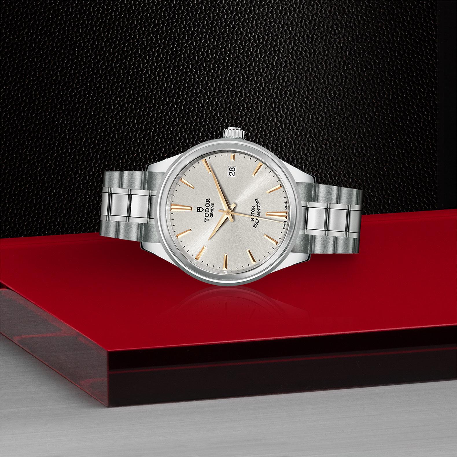 TUDOR Style - M12500-0017