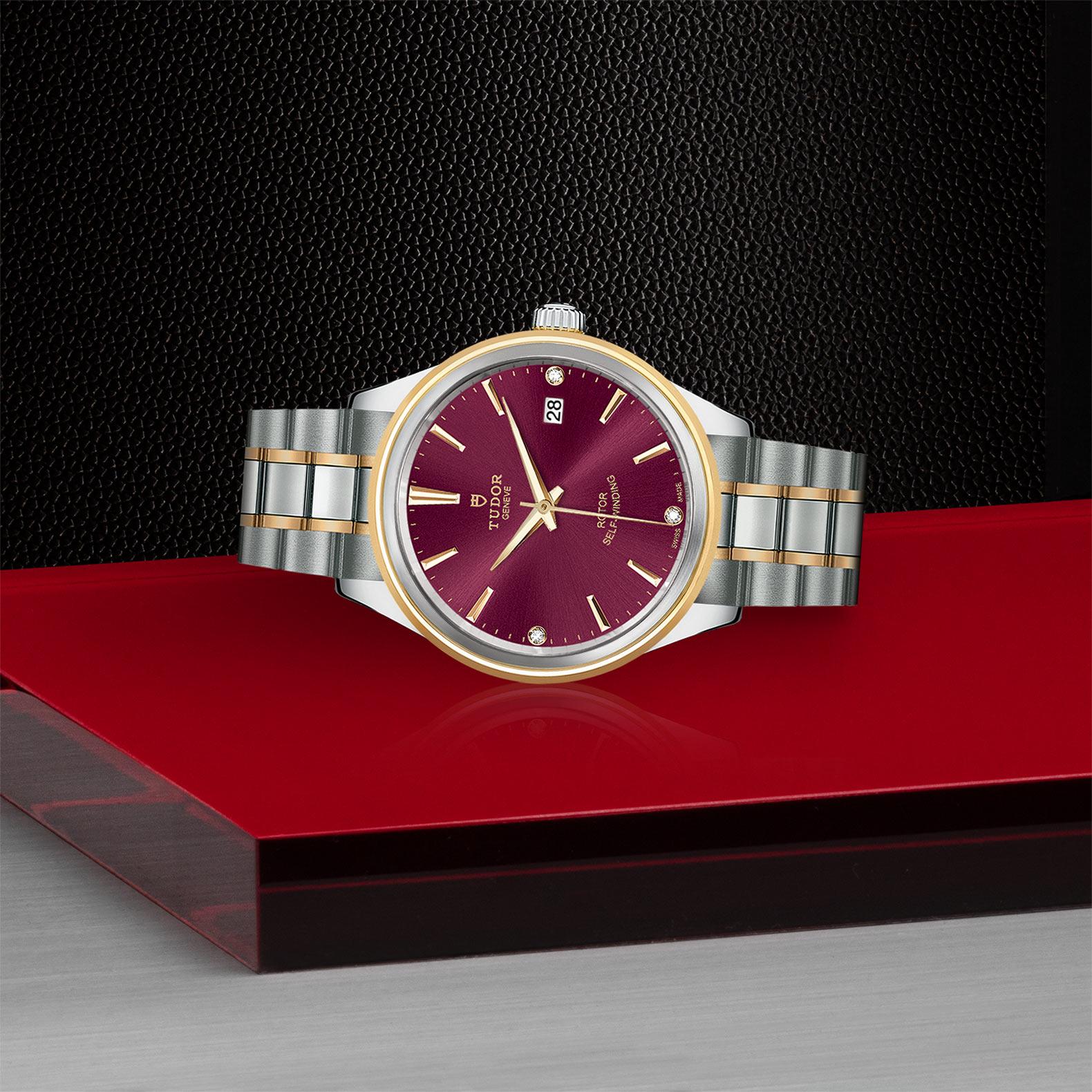 TUDOR Style - M12503-0015