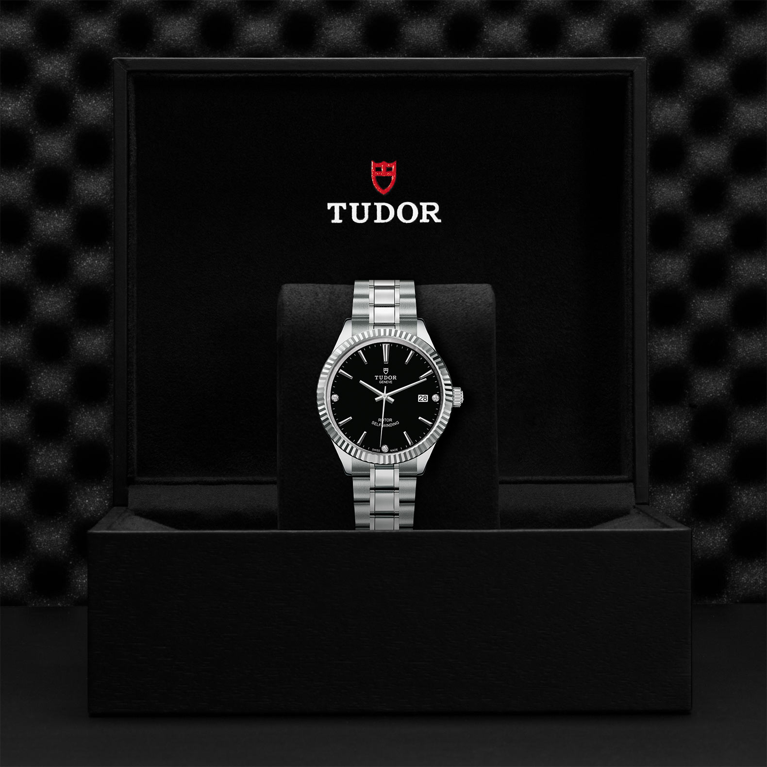 TUDOR Style - M12510-0009