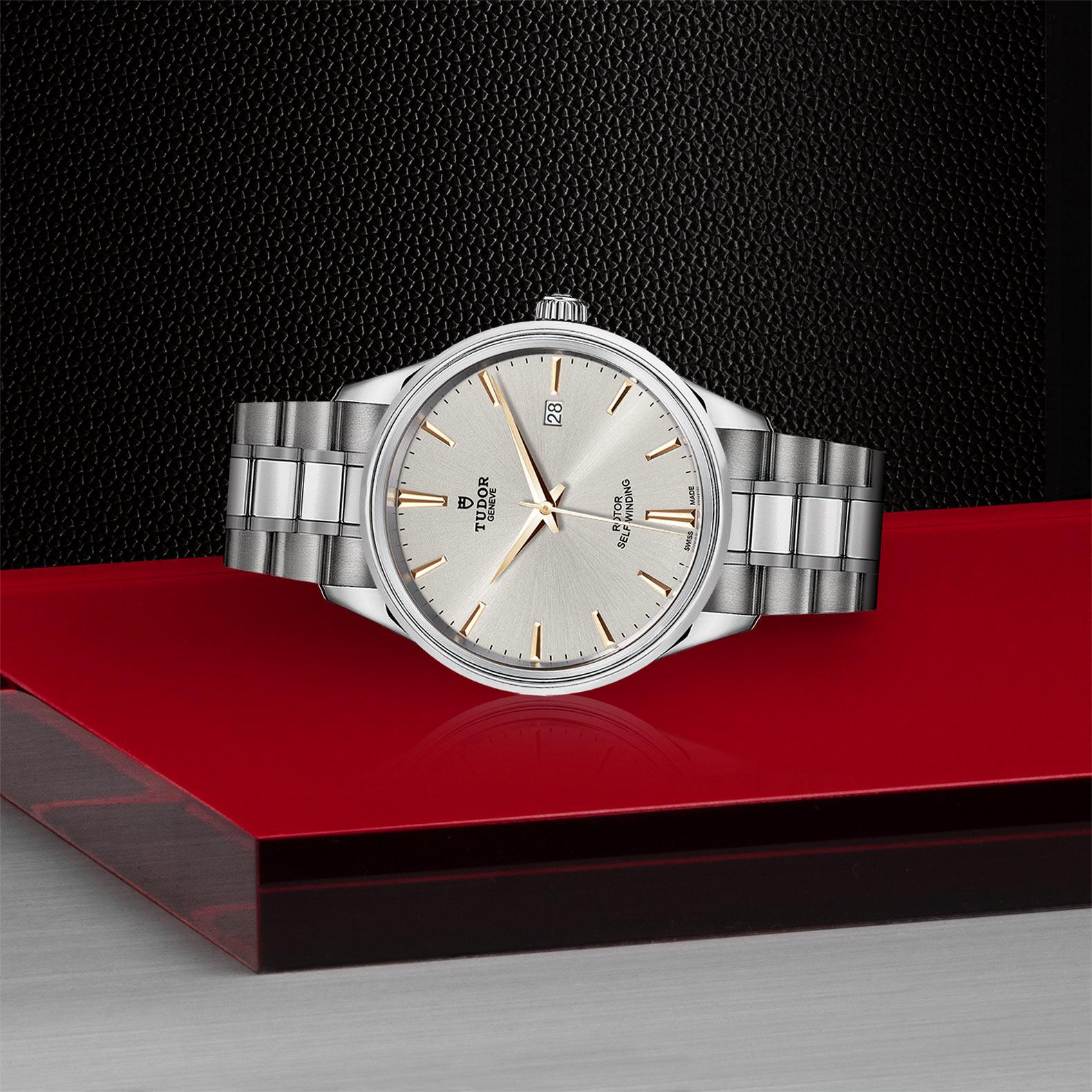TUDOR Style - M12700-0017