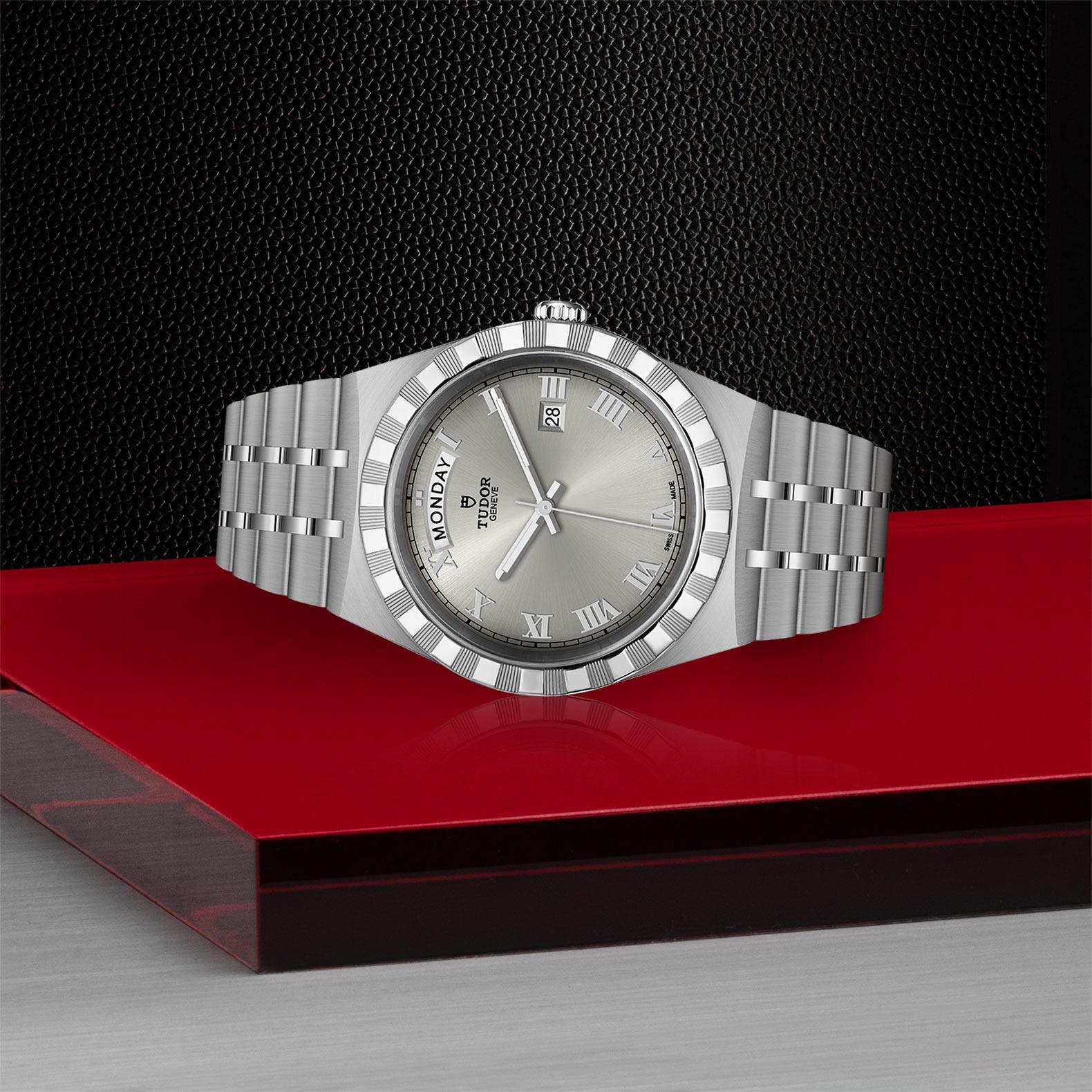 TUDOR Royal - M28600-0001