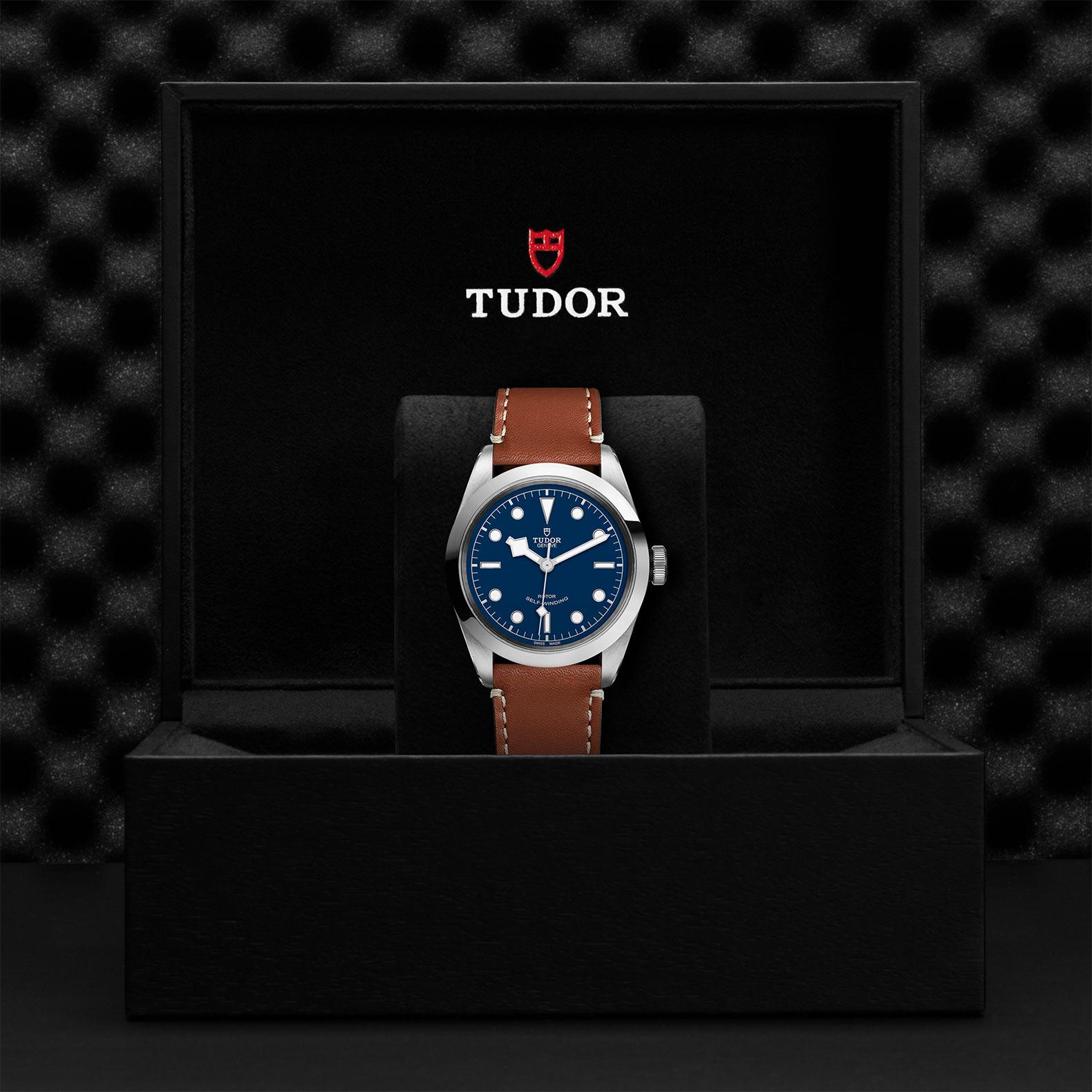 TUDOR Black Bay 41 - M79540-0005